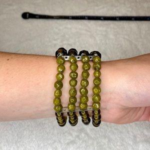 unbranded Jewelry - 💎BOGO FREE! Beautiful green beaded bracelet🍃